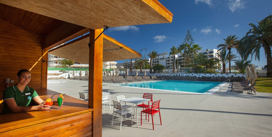 Poolbar abora catarina by lopesan hotels gran canaria
